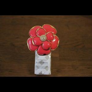 Bath & Body Works Pink Flower Wallflower Plug